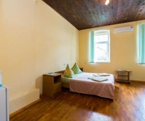 2-х местный 1-но комнатный  Стандарт-Семейный 2-я категория без балкона