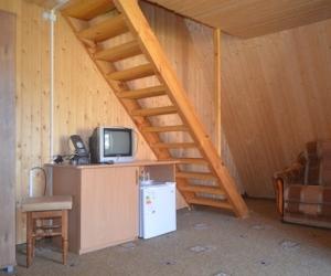 2-местный 2-этажный коттедж